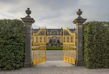 Germany, Lower Saxony, Hanover, Herrenhaeuser Gaerten, Orangenparterre, Gallery In The Background, Golden Gate
