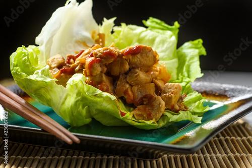 Obraz Korean Sandwhich Lettuce Wrap - fototapety do salonu