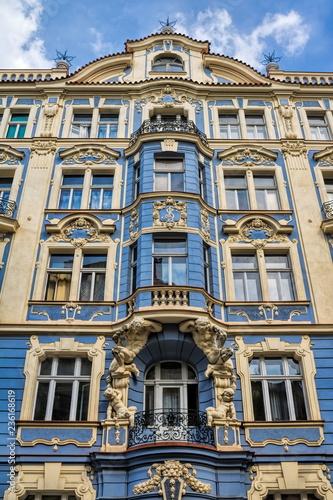 In de dag Centraal Europa Prag, Saniertes Wohnhaus