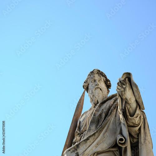 Fotografía  The statue of St