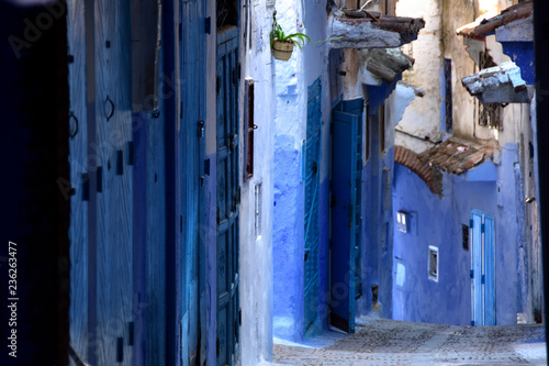 Fototapety, obrazy: Blue STREET in Chefchaouen, north Morocco
