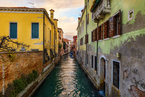 In de dag Centraal Europa View of the street canal in Venice, Italy. Colorful facades of old Venice houses. Venice is a popular tourist destination of Europe. Venice, Italy.