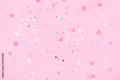 Photo  Pink pastel festive background with confetti and sparkles