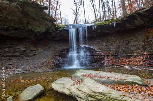 Fotografie, Obraz Blue Hen Falls in Autumn, Cuyahoga Valley National Park, Ohio