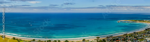 Foto op Aluminium Oceanië A favorite surfing spot on the Australian Pacific coast in Apollo Bay.