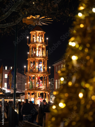 Weihnachtsmarkt Mainz.Weihnachtsmarkt Mainz Am Rhein Buy This Stock Photo And Explore
