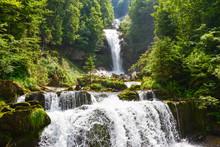 Giessbach - Wasserfall Am Brienzersee Im Berner Oberland / Schweiz