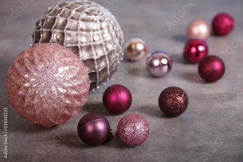 Weihnachtskugeln Pink.Moderne Glitzernde Weihnachtskugeln Altrosa Purpur Pink Buy