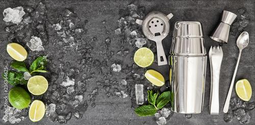 Fotografie, Obraz  Ingredients cocktail lime mint ice black background