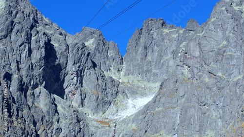 Obraz na płótnie Skaliste zbocze Łomnicy Szczyt w Wysokich Tatrach na Słowacji