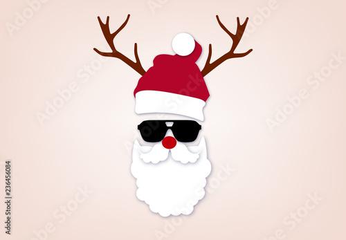 Bilder Weihnachten Lustig.Weihnachtsmann Verkleidung Rentier Geweih Und Rote Nase Weihnachten