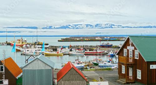 Foto op Aluminium Poolcirkel Husavík / Iceland - August 2010: Fishing ships at the harbour