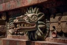 Serpiente Emplumada Quetzalcoatl, Cultura Ancestral Azteca México