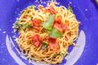 Leinwanddruck Bild - Hot Spaghetti on wooden table