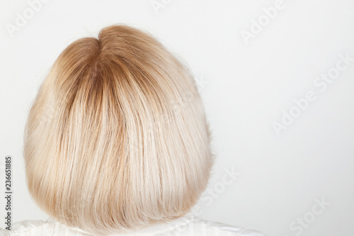 Foto Blonde female hairstyle