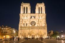 Notre Dame De Paris - Famous C...