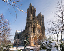 Beautiful Snow In Reims City C...