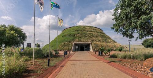 Maropeng Besucherzentrum im Craddle of Human Kind in Südafrika