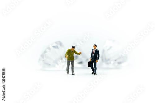 Fényképezés  Miniature people : Businessman Connection Deal  with Diamond,Business Concept