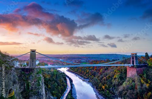 Photo Clifton Suspension Bridge in early morning light, Bristol, Avon, England, UK