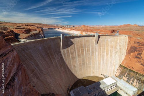 Photo  glen canyon dam