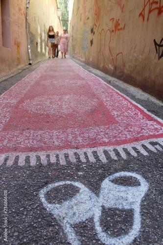 Fotografie, Obraz  Camminare per la città - turisti