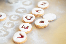 """Homemade Christmas Cookies With Vegan Lettering - Traditional """"Linzer Augen"""" From Austria"""