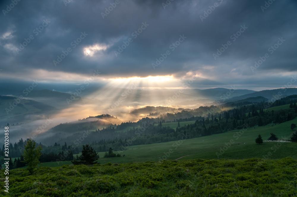 Fototapeta Wschód słońca w Pieninach ,Wysoki Wierch