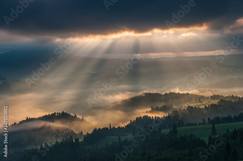 Wschód słońca w Pieninach ,Wysoki Wierch