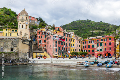Fotobehang Liguria beach streets and colorful houses on the hill in Vernazza in Cinque Terre in Italy