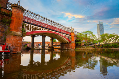 Foto  Castlefield - an inner city conservation area in Manchester, UK