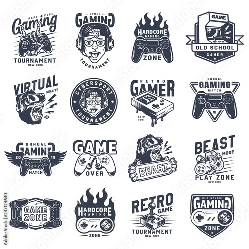 Photo  Vintage monochrome gaming emblems set