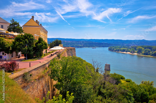 Foto  Danube river landscape view from old hillside Petrovaradin town