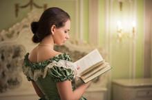Portrait Of Retro Baroque Fashion Woman