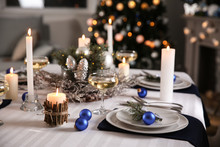 Beautiful Table Setting For Christmas Dinner
