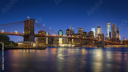 Foto auf Leinwand Brooklyn Bridge Brooklyn Bridge and Lower Manhattan, New York City, USA