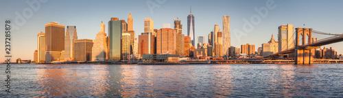 Fotografia Lower Manhattan cityscape at sunrise, New York City, USA