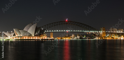 Poster Australie Sydney Harbour in the very early hours of the day