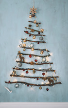 Objects: DIY Christmas Tree De...