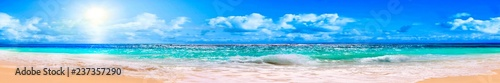 Printed kitchen splashbacks Water Ocean and blue sky
