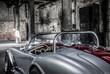 Classic Car, Oldtimer in einer alten Fabrik