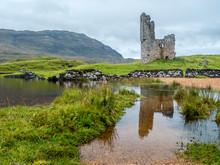 UK, Scotland, Highland, Loch Asynt, Ardvreck Castle Ruin