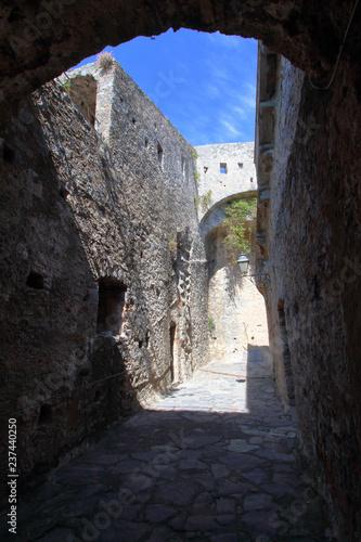 Fotografie, Tablou castello doria nella parte interna alle mura a porto venere in italia, italy, eu