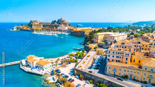 Foto auf Leinwand Pool Panoramic view of Kerkyra, capital of Corfu island, Greece