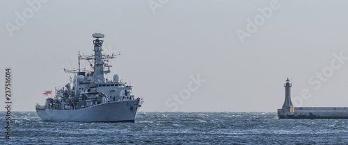 Fotografía WARSHIP - The ship returns from the cruise to port