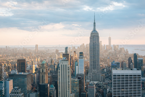 Papiers peints Lieux connus d Amérique View of the Empire State Building and Midtown Manhattan skyline in New York City