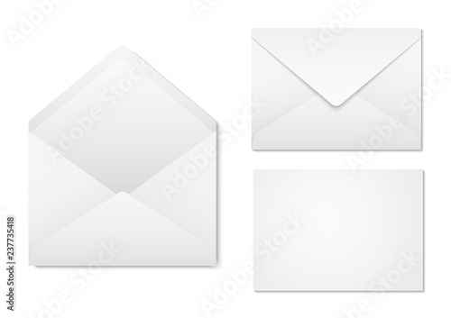 Fototapeta Blank paper envelopes for your design. Envelopes mockup front and back view. Vector envelopes template. obraz
