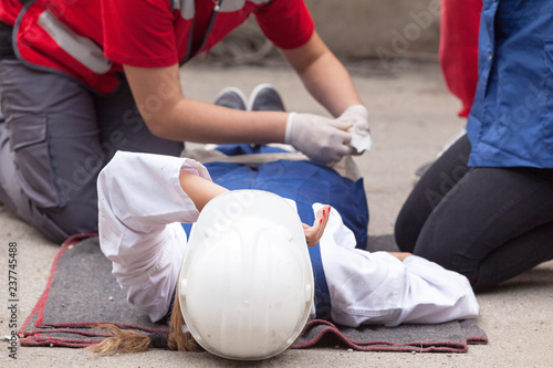 Photo First aid after work accident