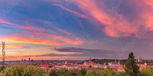 Foto op Plexiglas Centraal Europa Aerial panoramic view over Old town of Vilnius and skyscrapers of New Center, Lithuania at beautiful sunrise, Baltic states.