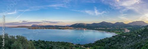 Photo  Beautiful panoramic view on Golfo di Marinella, Golfo Aranci, Sardinia, Italy